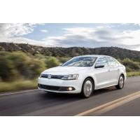 Navigatie dedicata Volkswagen Jetta, ieftina